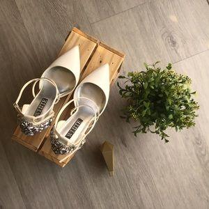 Vera Wang White collection Bridal Pump